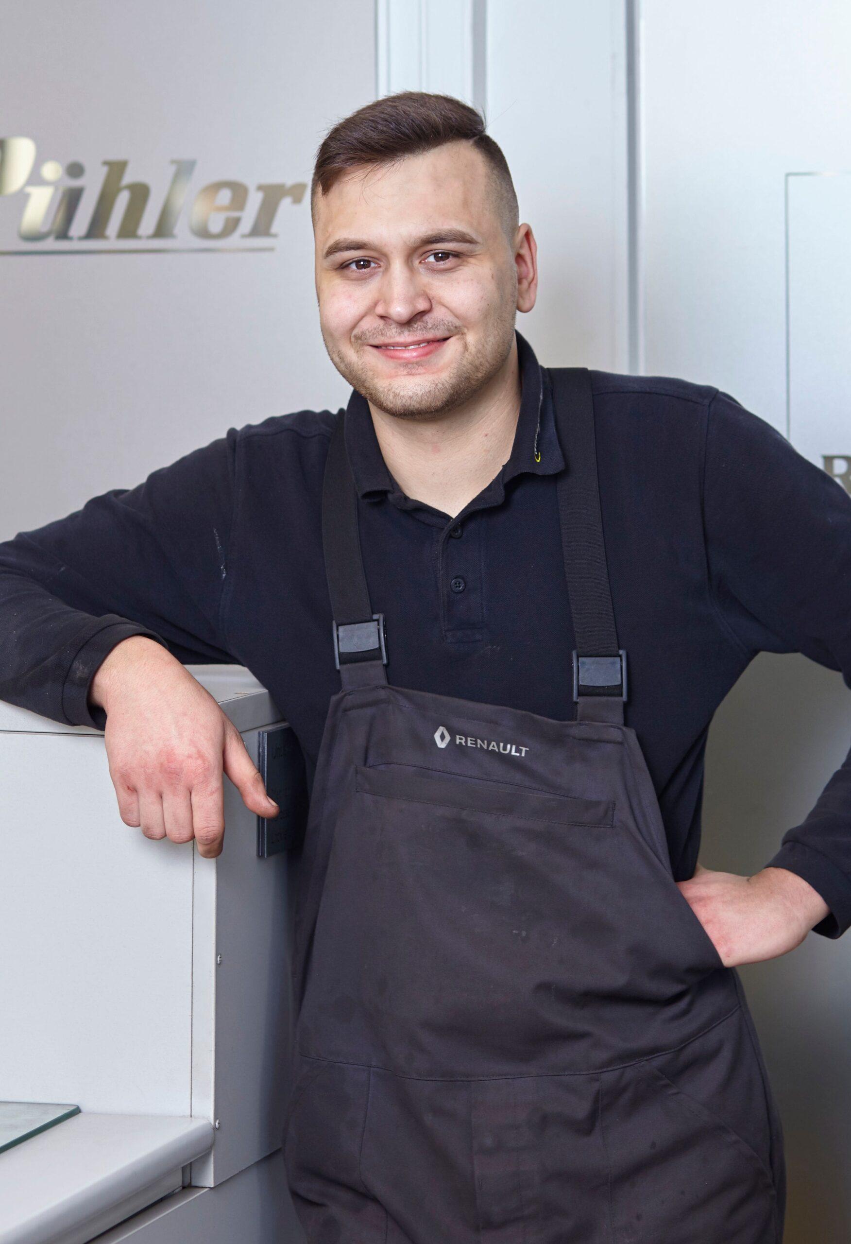 Tobias Behr